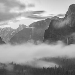 Dimineti in Yosemite